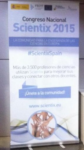 DOS COMPAÑERAS DE LA ASOCIACIÓN EN EL Congreso Scientix