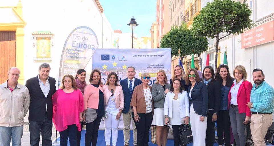 """El alcalde entrega los premios del concurso de microrelatos """"Algeciras y el mar"""""""