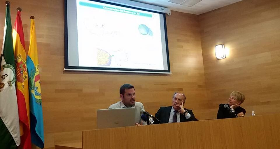 Magnífica conferencia ofrecida por el Dr. Darío J. García Periañez