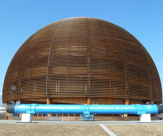 Beca CERN en Suiza