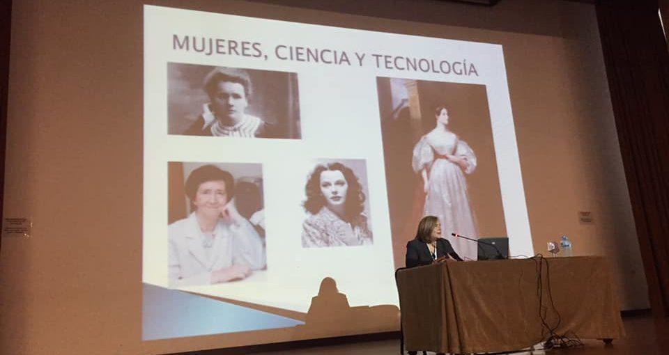 MUJERES, CIENCIA Y TECNOLOGÍA